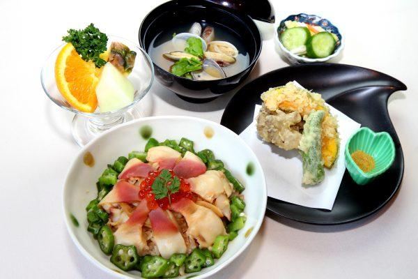 1月は宮城の郷土料理「ホッキ飯御膳」